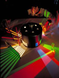l 39 exposition jeux de lumi re cit des sciences et de l 39 industrie expositions conf rences. Black Bedroom Furniture Sets. Home Design Ideas