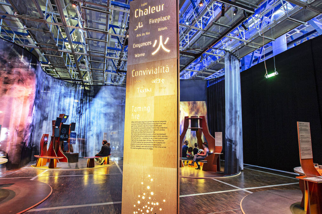 """Résultat de recherche d'images pour """"Exposition pour enfant """"Le feu"""" à la Cité des sciences et de l'industrie"""""""